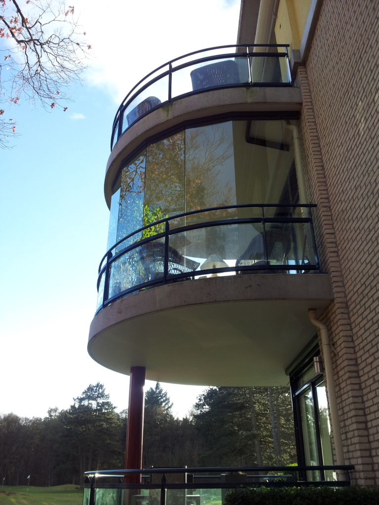 Balkonbeglazing schuifwand rond